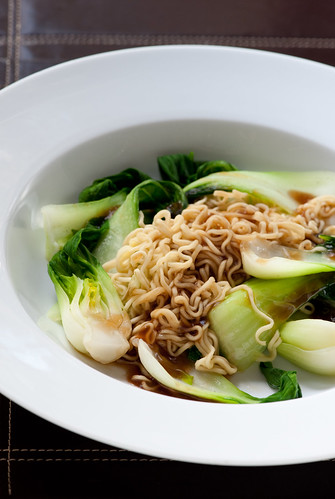 2 minute noodles with boy choy & oyster sauce | by jules:stonesoup