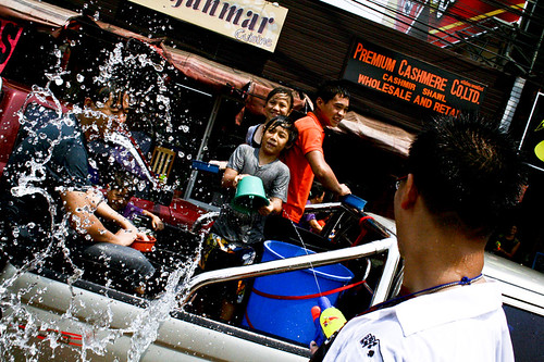 Songkran  (Chang Mai 2010) | by Jgor Cava
