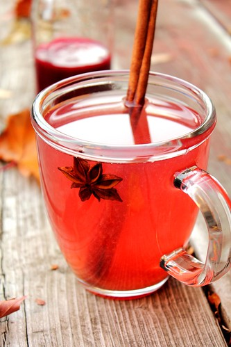 Peach green tea with plum star anise spiced syrup | by Adventuress Heart