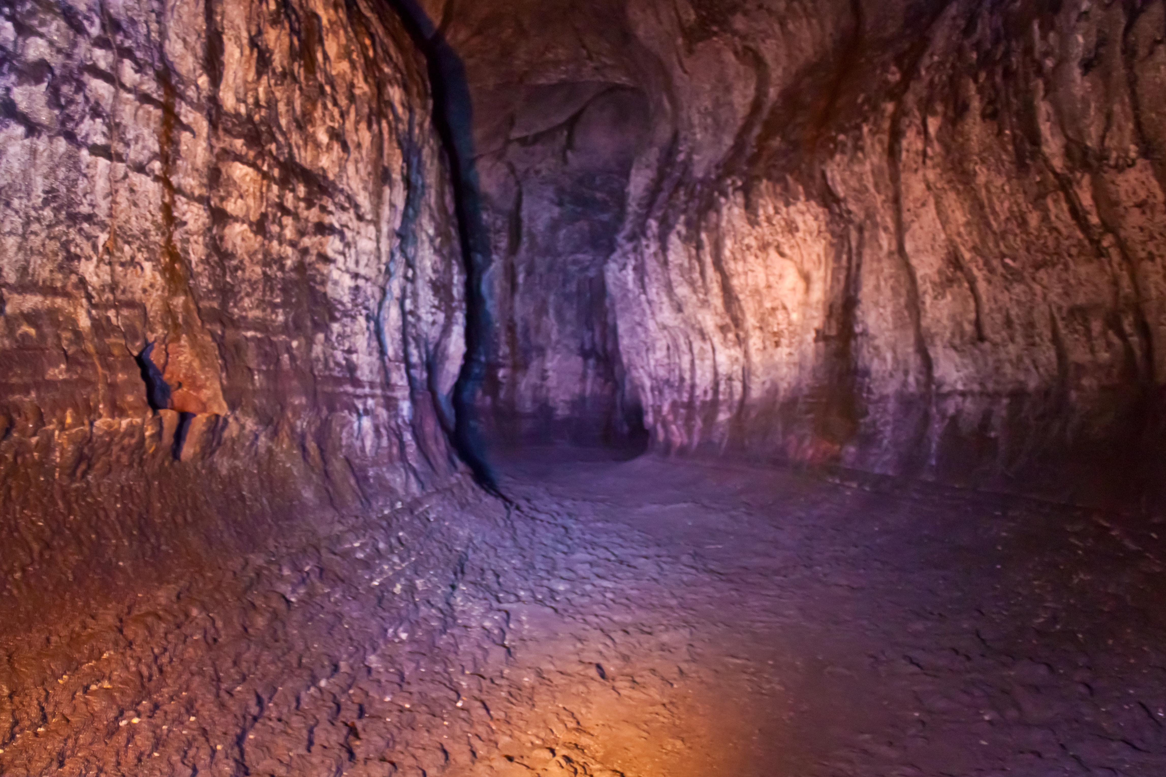 Ape Cave Lava tube