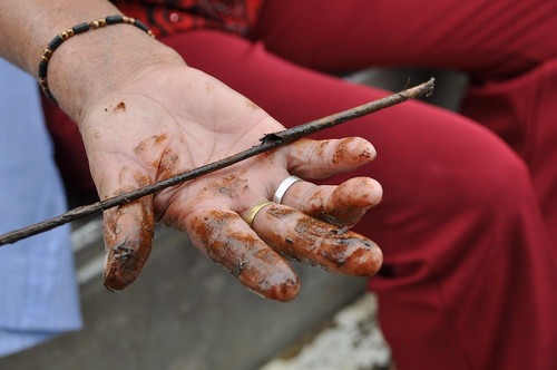 Mariana Inspects the oil spill | by Rainforest Action Network
