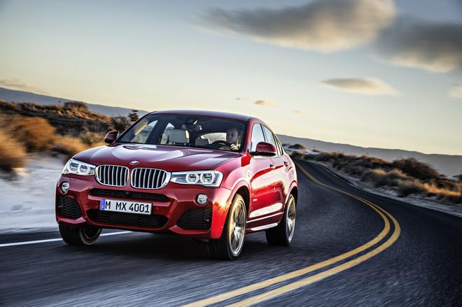[新聞照片三]2017年式BMW X4特定車型升級標準配備M款多功能真皮方向盤與Nevada真皮內裝