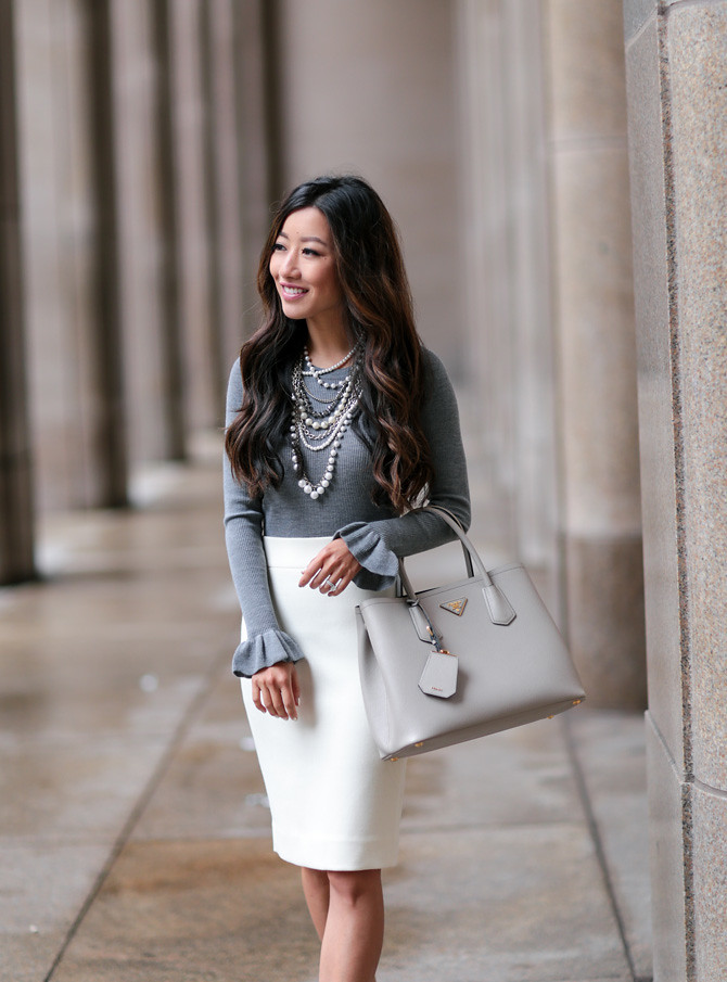 classic work outfit how to wear white pencil skirt_extra petite