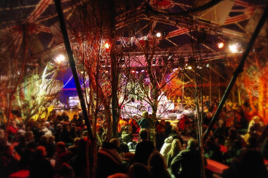 Tollwood-winterfestival 2010-Tief-im-Wald-Bar-1