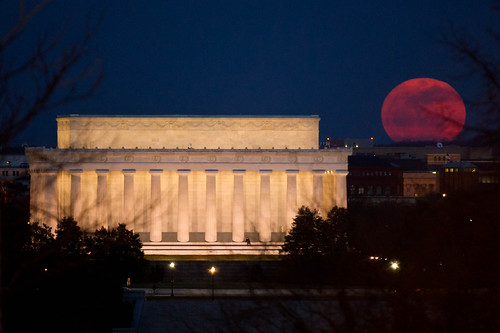 Perigee Moon (201103190001HQ) | by NASA HQ PHOTO