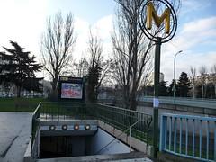 la Station de Metro - place de la porte de Saint Cloud