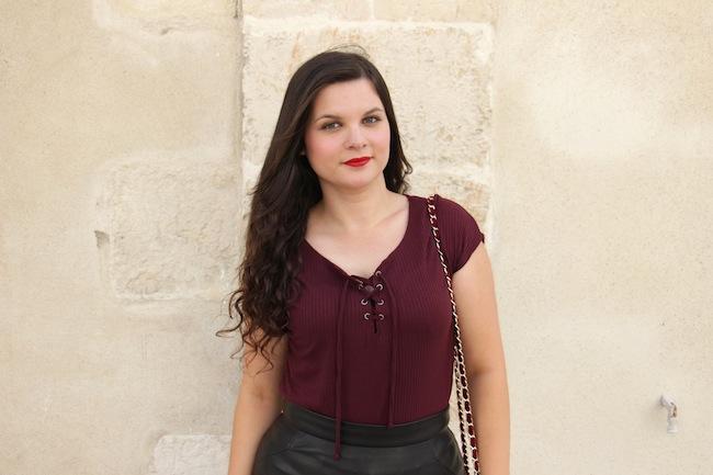 comment_porter_top_lacet_bottines_franges_façon_feminine_blog_mode_la_rochelle_2