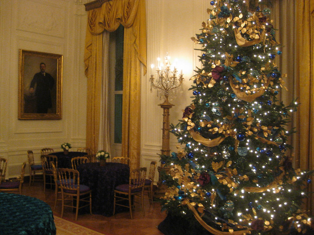 White House Holiday Tour. Photo: Marques Stewart, CC.