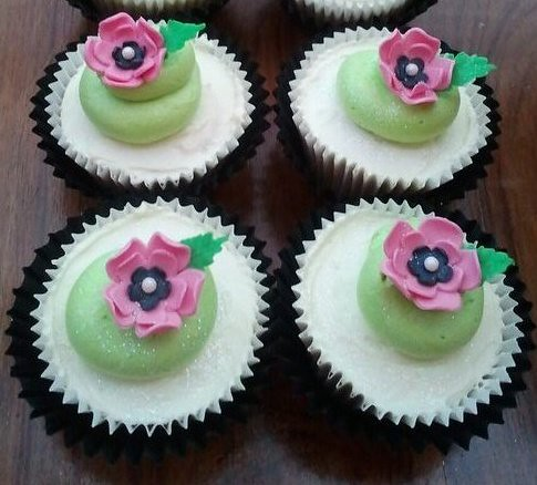 Totally inspired by Vanessa Iti and Little Cottage Cupcakes | by KittyLamour2009
