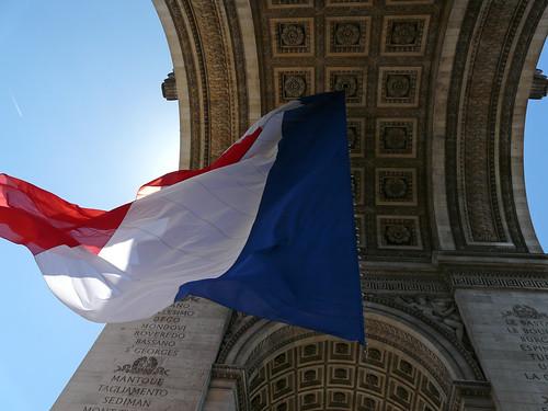 Arc de Triomphe - Drapeau de la France