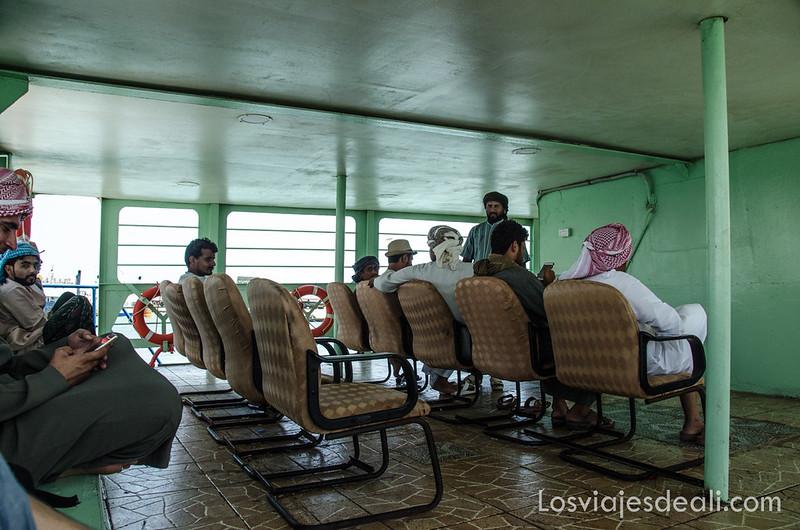 ferry para ir a la isla de Masirah