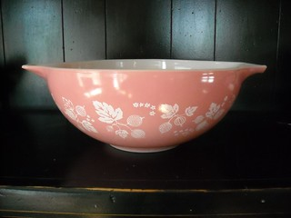 pink pyrex from the thrift store. | by vickivictoria