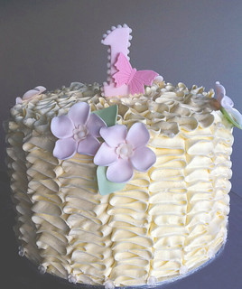 Ruffle Cake | by Sweet Tiers