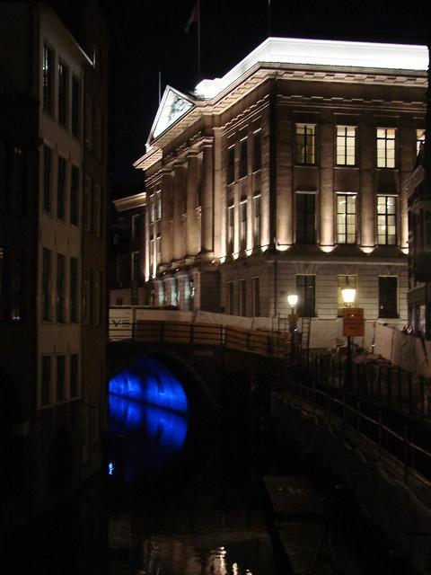 Stadhuisbrug
