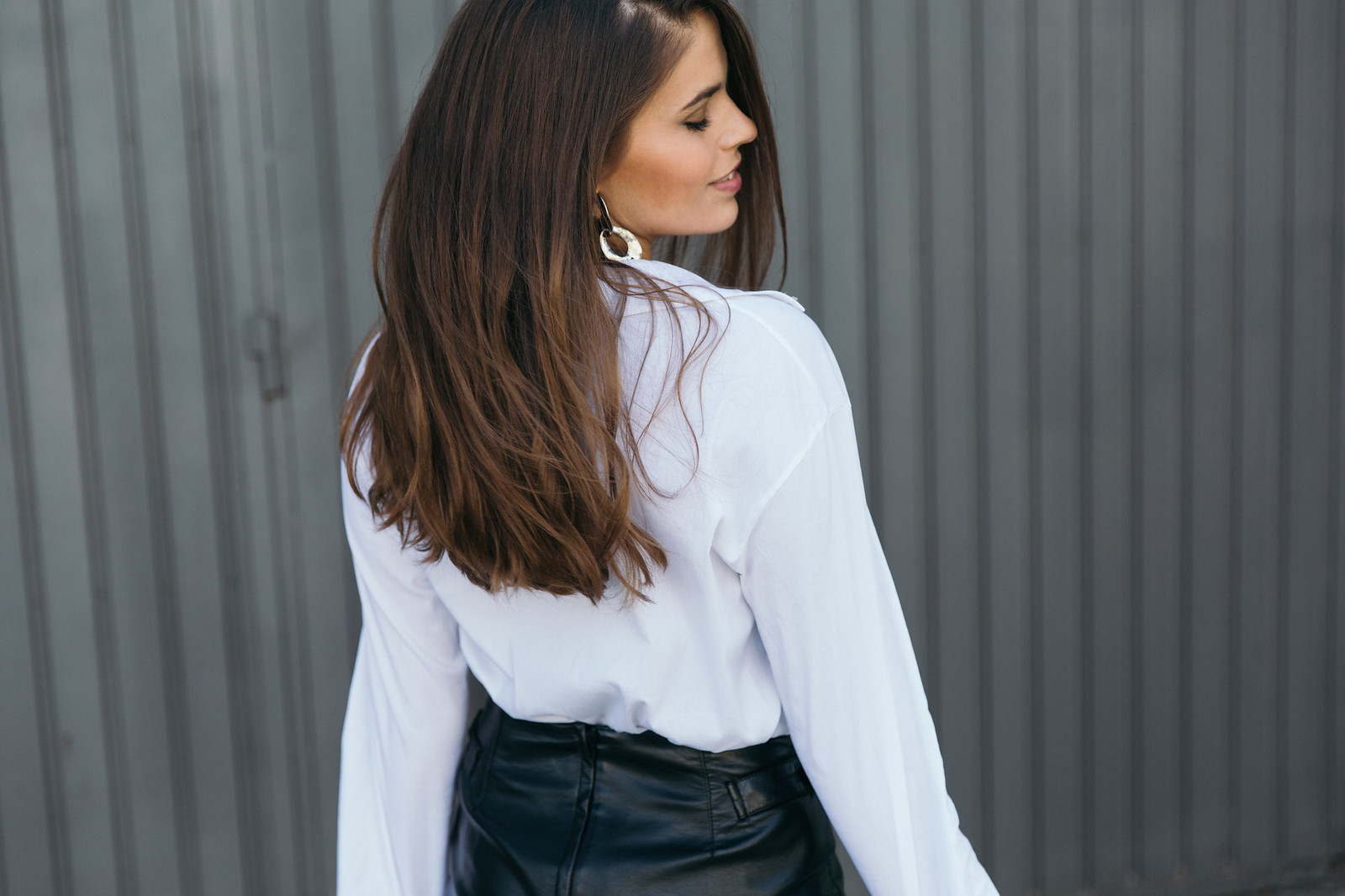 Jessie Chanes Seams for a desire - The Amity Company Oversized White Shirt Faux Leather Skirt Short Parka -9