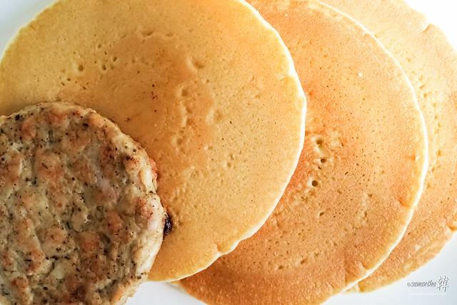 20161117 McDonald's Breakfast Hotcakes Sausage 09.56.04