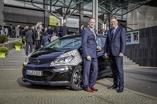 Der Ampera-e am Aachener Kolloquium Fahrzeug- und Motorentechnik 2016