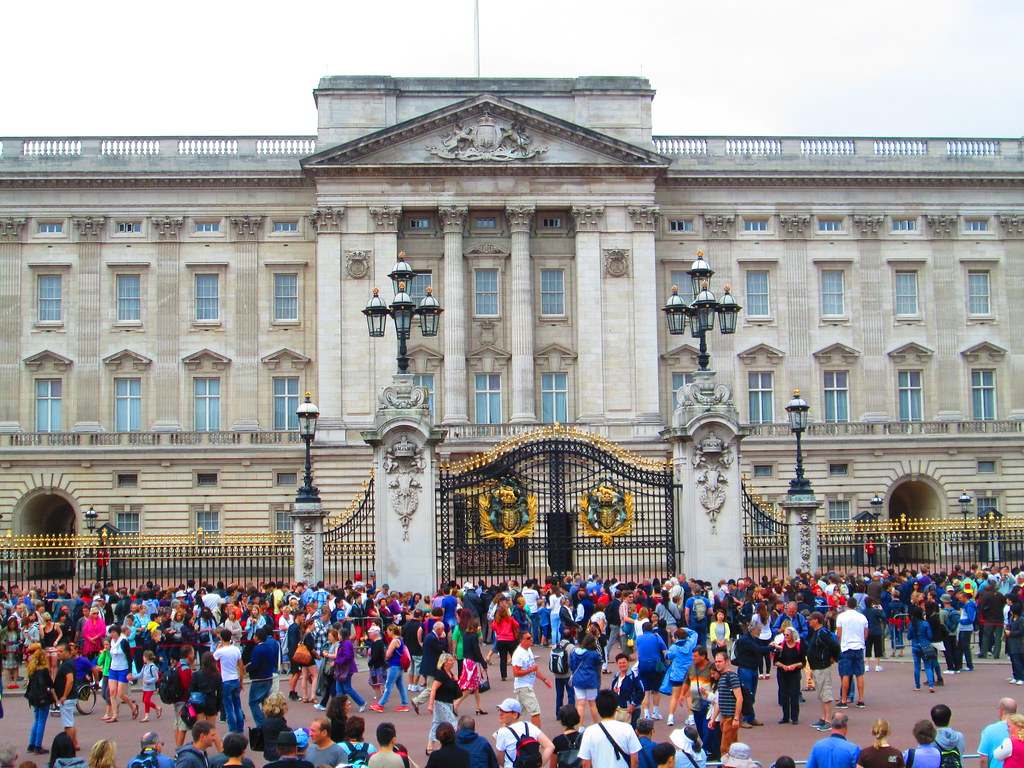Changing of the Guard Crowd, Buckingham Palace