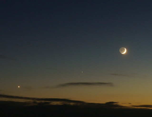 Luna, Venus and Saturn conjunction