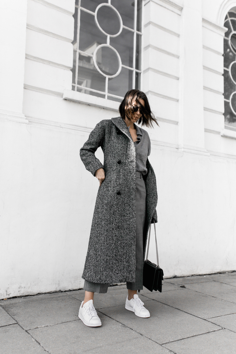 all grey texture outfit inspo RAEY MatchesFashion.com coat sneakers street style modern legacy fashion blogger monochrome minimal (6 of 13)