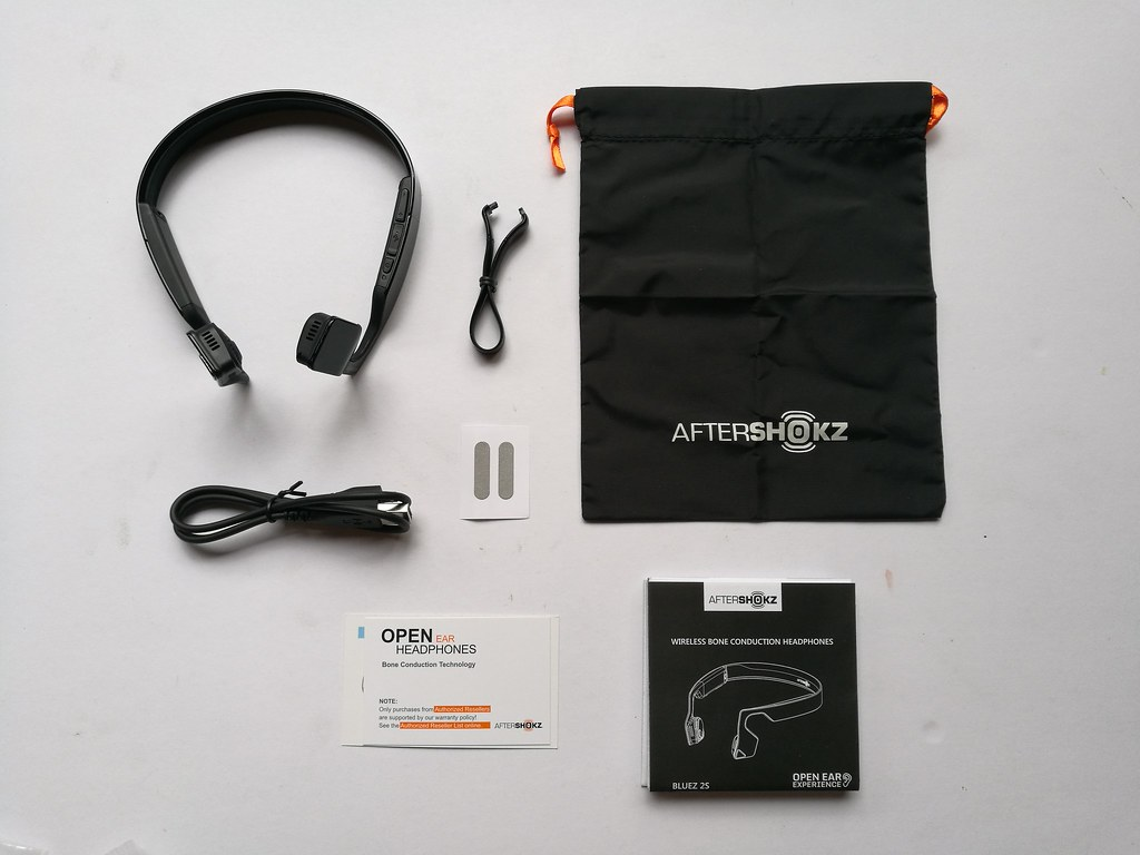 aftershokz-wireless-bone-earphones