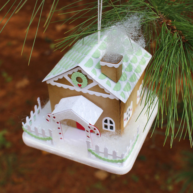 Gingerbread House Ornament Top