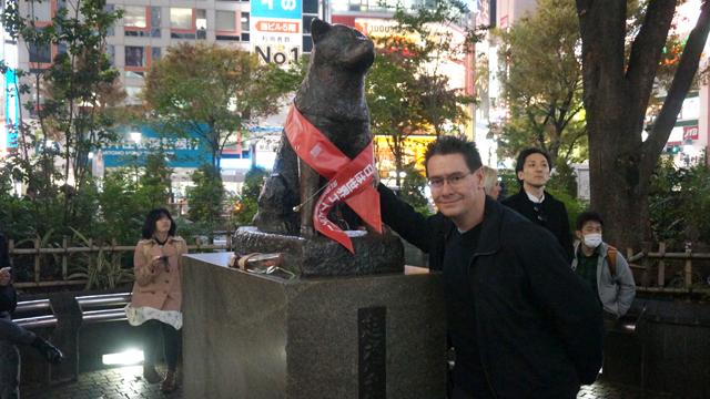 Hachicko statue