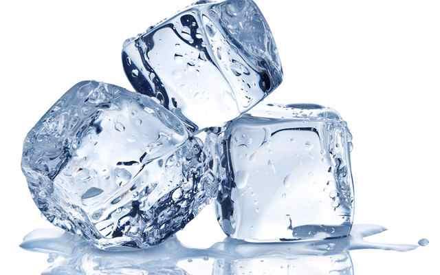 Segudang Manfaat Es Batu Untuk Kulit