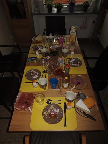 Gedeckter Frühstückstisch (bei einer Freundin in Herne)
