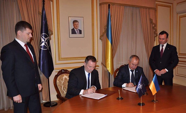 Голова СБУ підписав з Директором офісу безпеки НАТО міжнародну Угоду про охорону інформації з обмеженим доступом