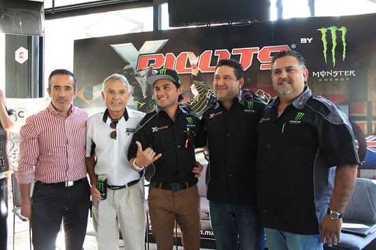 Rueda De Prensa - X Pilots - Guadalajara Mex. (7 - Nov - 2016)