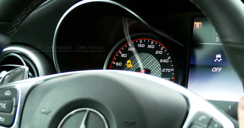 Mercedes-AMG-C63-Experience-Driving-EVENT49