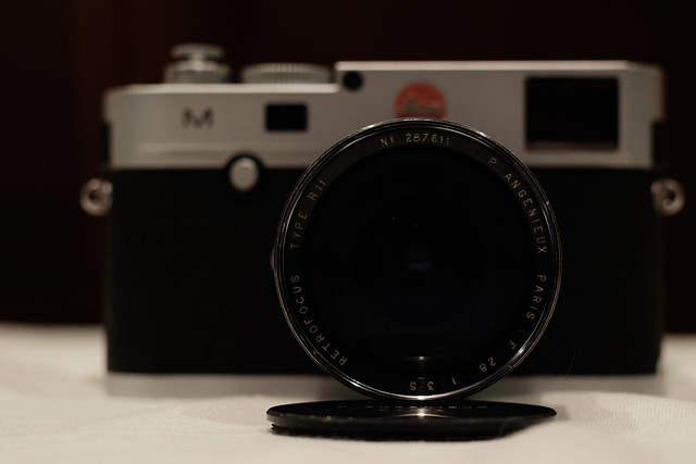 P.ANGENIEUX PARIS F.28 1:3.5 RETROFOCUS TYPE R11 & Leica M