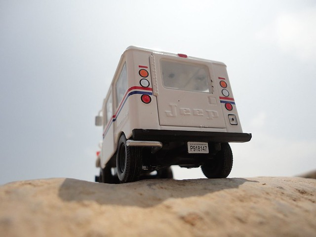 Jeep DJ-5A Laredo Post (1968 - 1984) 1/43 (PCT - IXO)