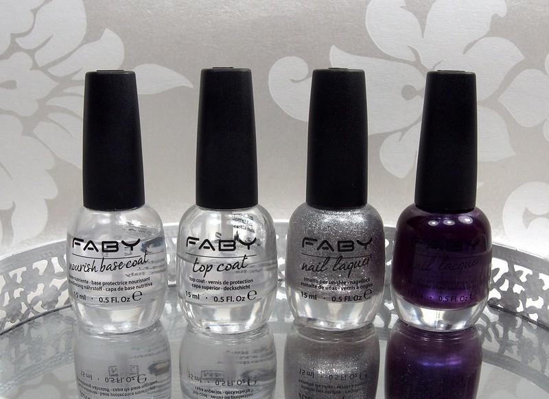 Kauneutta.com Faby kynsilakka