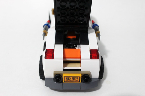 The LEGO Batman Movie The Penguin Arctic Roller (70911)