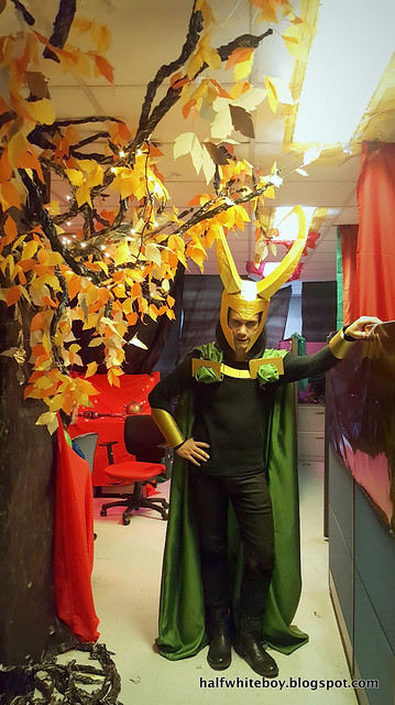 halfwhiteboy halloween costume loki 07