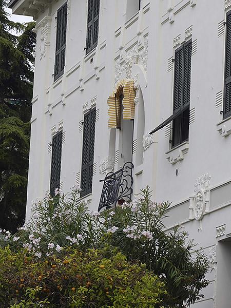 bel immeuble à Bordighera