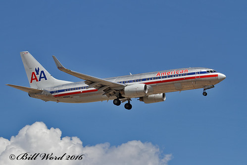 Boeing 737-823 cn29518 N915AN American Airlines a