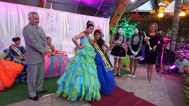 Proclamación y coronación de Niña Manabí 2016