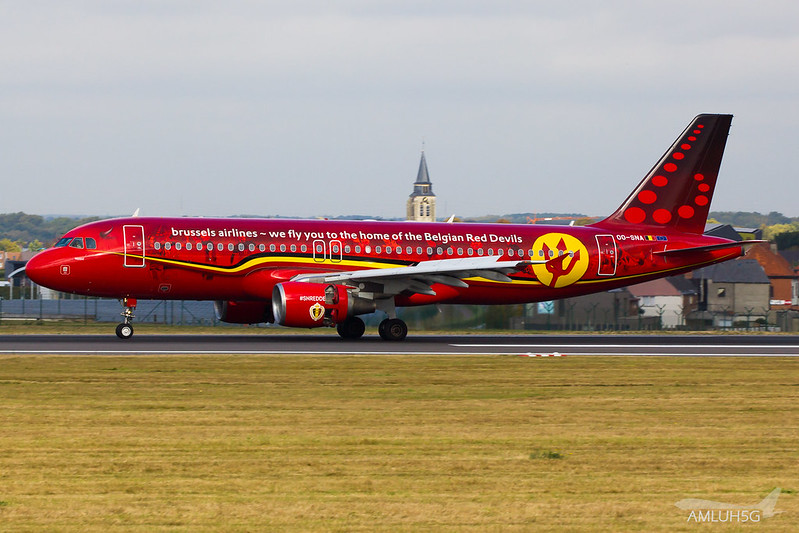 Brussels Airlines - A320 - OO-SNA (1)