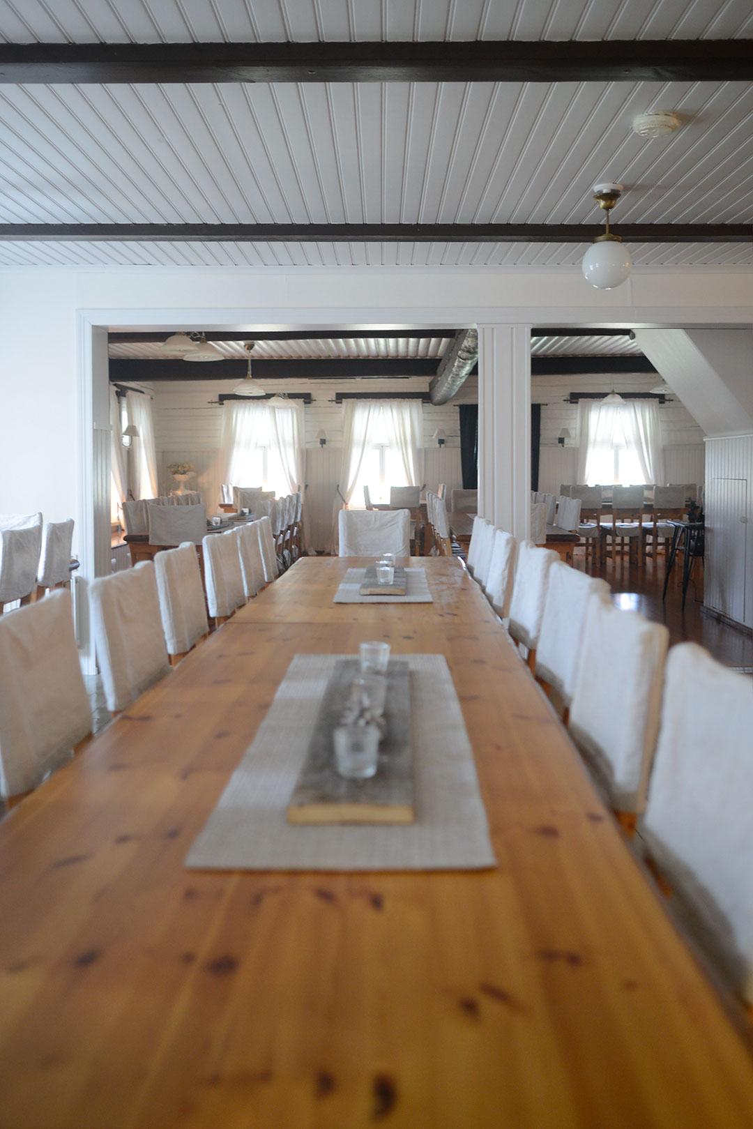 Restaurant at Pökkylän Punanen Tupa