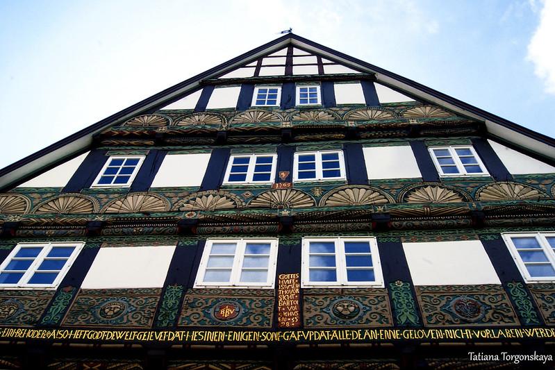 Дом 1569 года, фрагмент фасада