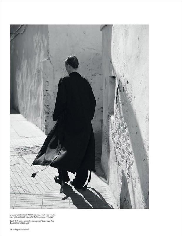 Julia-Bergshoeff-Vogue-Netherlands-Annemarieke-Van-Drimmelen-04-620x804