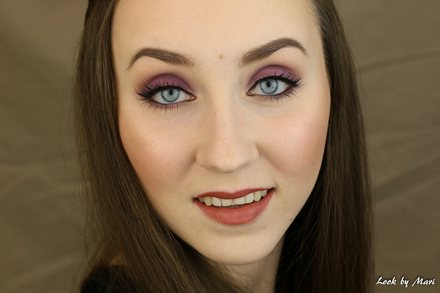 1 Lilac violet eye makeup smoky basic easy ideas inspiration