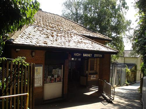 High Barnet Station