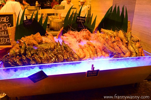 makan at jen prawn festival