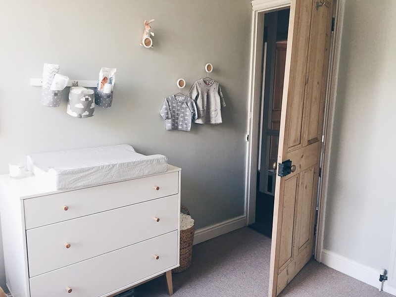 gender neutral pastel nursery