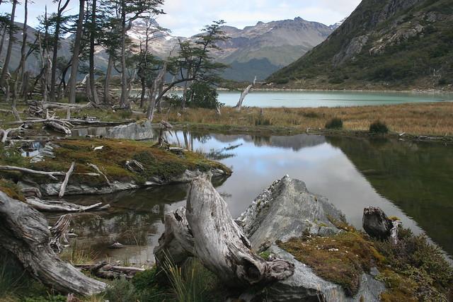 Lago Esmeralda en el Fin del Mundo