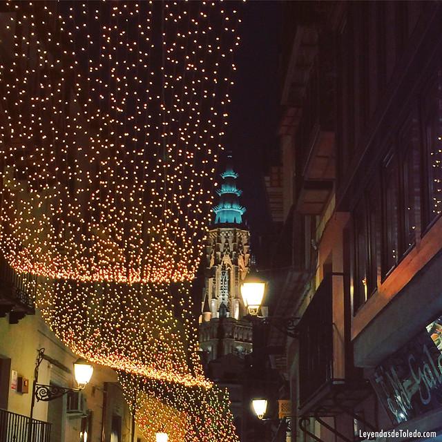 #Toledo ya está encendido por #Navidad. #RutasdeToledo #igersToledo #AmaToledo #ToledoTurismo